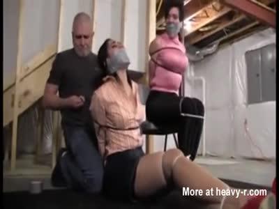 Milf lesbians eating pussy orgasm